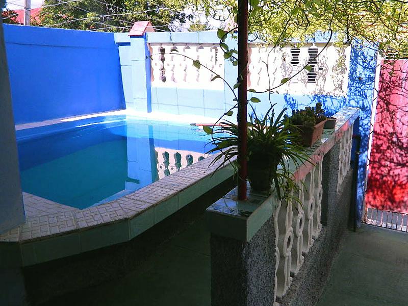 Casa marisela casa particular con piscina en puerto for Casas con piscina en cuba