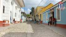 The Desengaño street - in the background you can see the Plaza Mayor in Trinidad