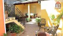 Plenty of space on the large patio terrace. A recommendation for your stay