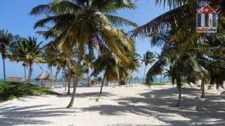 Best beaches in Cuba - Playa Santa Lucia - Camaguey