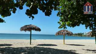 Best beaches in Cuba - Playa Rancho Luna in Cienfuegos