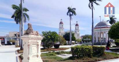 Best things to see in Manzanillo Cuba - central park