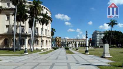 What to see in Havana Centro - Park by the Capitolio